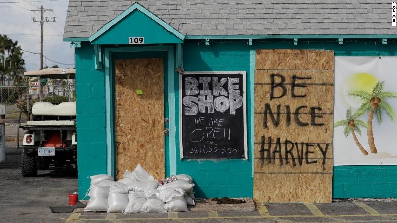 170825133856-01-hurricane-harvey-0824-exlarge-169