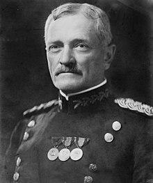 220px-General_John_Joseph_Pershing_head_on_shoulders