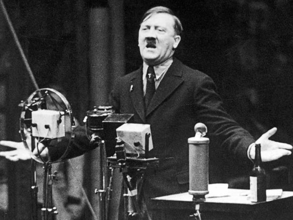 hitler-speech-1935